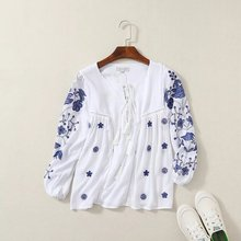 2016 autumn Women's new long-sleeved white shirt embroidered blouses