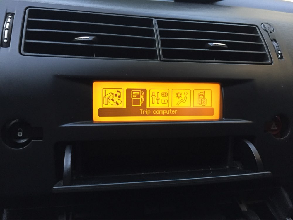 Car Screen Support French USB Dual zone Air Bluetooth Display Monitor Yellow 12 Pin for Peugeot 307 407 408 citroen C4 C5