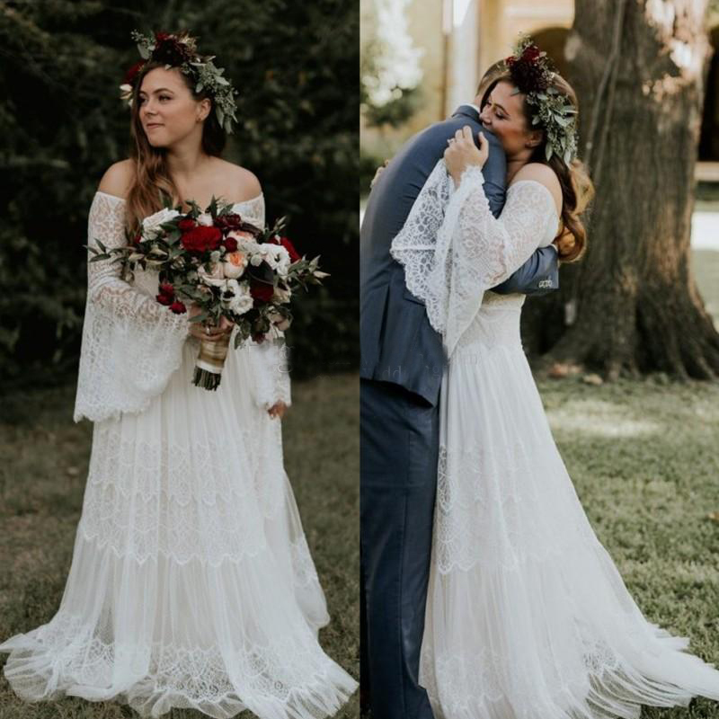 Bohemian Plus Size Lace Wedding Dresses With Long Sleeves