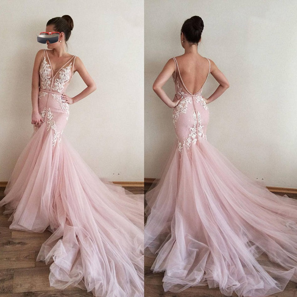 Pink Muslim   Evening     Dresses   2019 Mermaid V-neck Tulle Lace Appliques Backless Islamic Dubai Saudi Arabic Long   Evening   Gown Prom