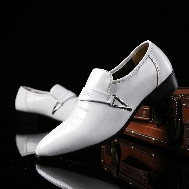 Preto Branco Loafers Mocassins de Couro de