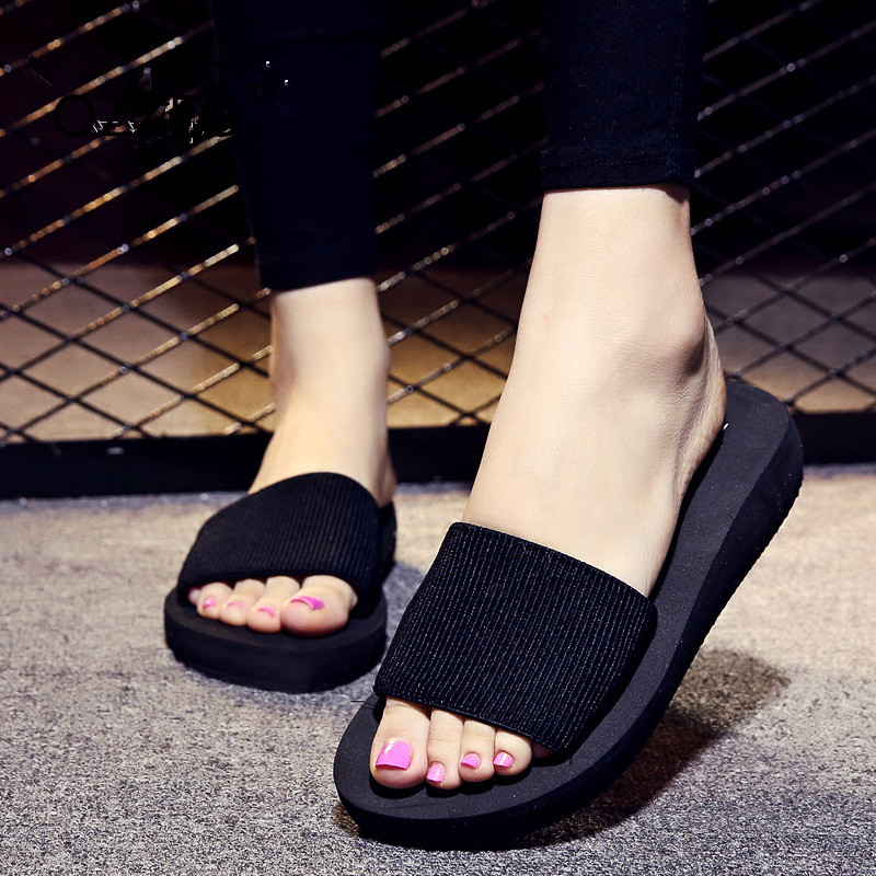 Flat Shoes Summer Women Slippers Beach Sandals Soft EVA Platform Slippers Ladies Comfortable Home Slippers Bath Shoes Female