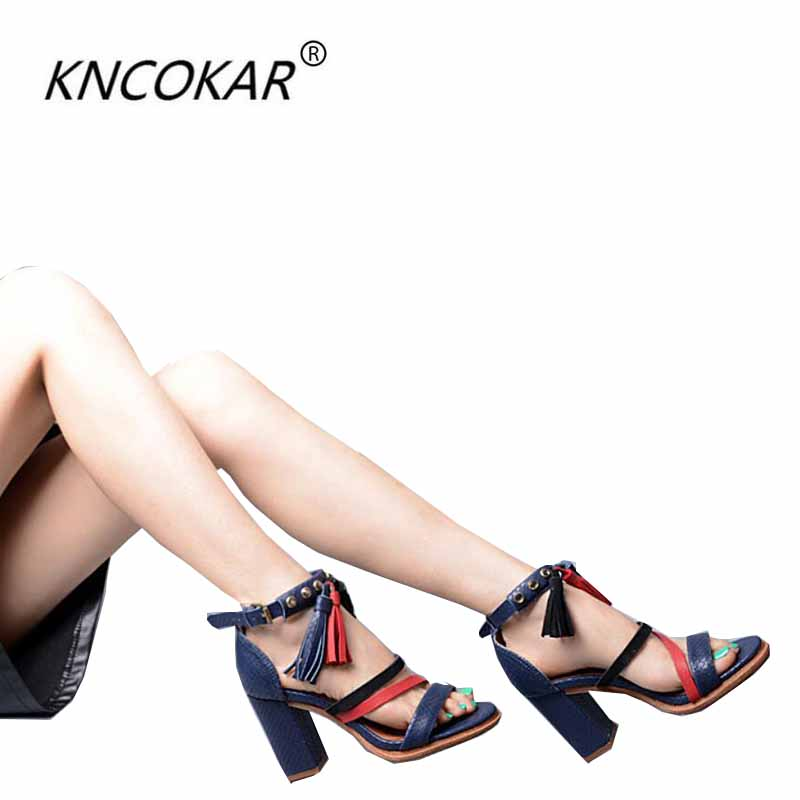 Здесь можно купить  In summer, the serpentine and tassel sandals are combined with a pair of strappy sandals  Обувь