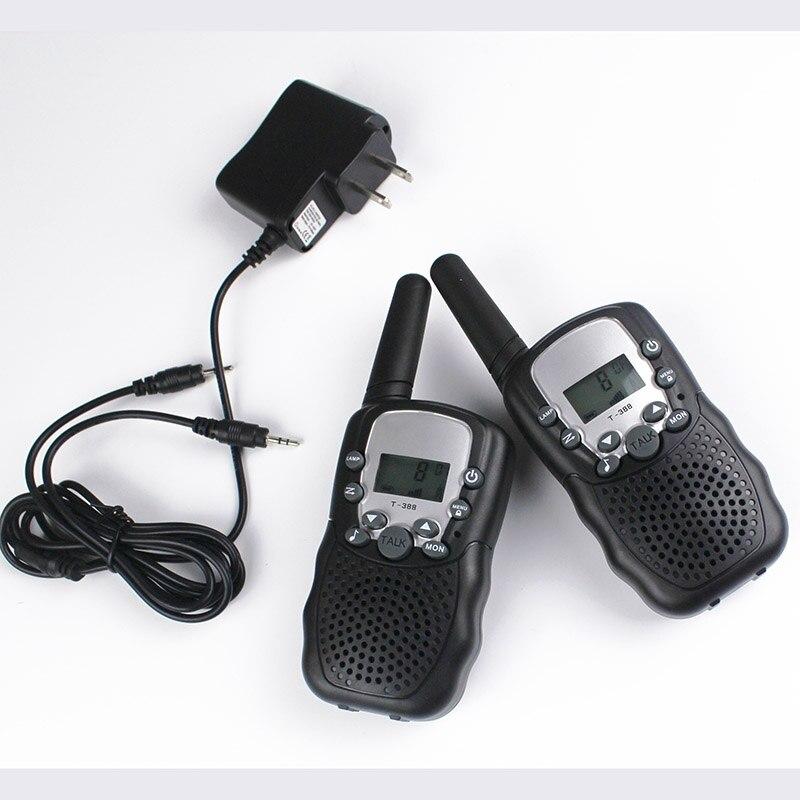 Paire de talkie-walkie radio FRS GMRS 22CH T388 talkie-walky 99 code VOX main libre avec casques de talkie-walkie chargeur de piles