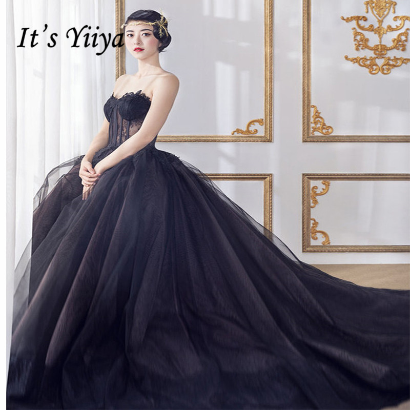 It's YiiYa Wedding Dress Strapless Lace Up Black Tulle Train Bridal Dresses Travel Couple Photo Theme Wedding Gowns G047