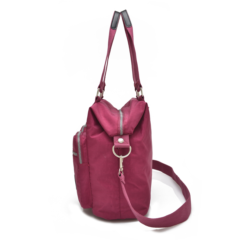 new arrival Fashion women messenger bags Large Capacity shoulder bag nylon  bags Waterproof casual handbag for teenagers -in Shoulder Bags from Luggage  ... f3d08f68de5f2