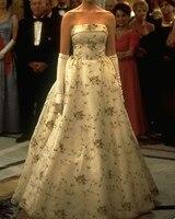 Romantic Wedding Dresses Off Shoulder vestido de noiva trouwjurk Appliques Wedding Gowns Off Shoulder Luxury Bride Dress New