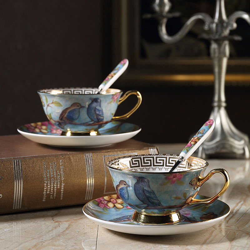 Pastoral style bone china coffee cup teacup set European creative retro gold rim and saucer