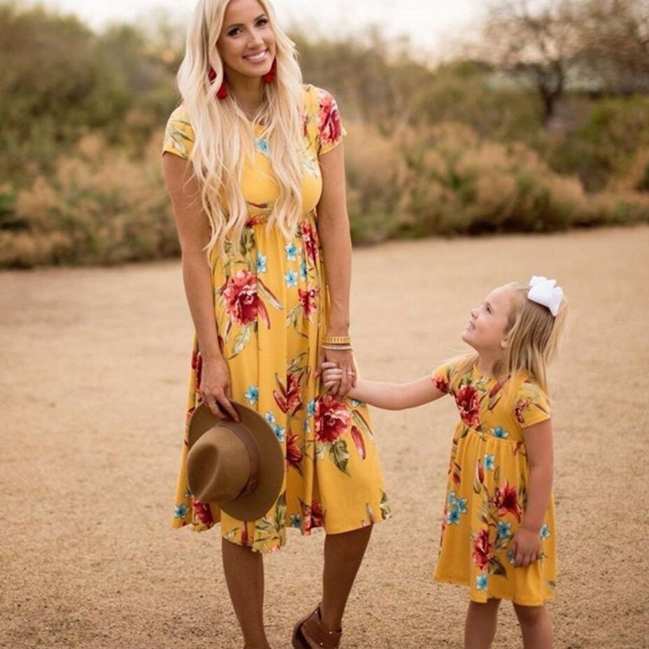 Family Matching Dresses Mommy Me And Casual Print Short