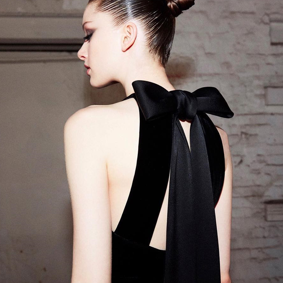 Promi Backless Halter Party