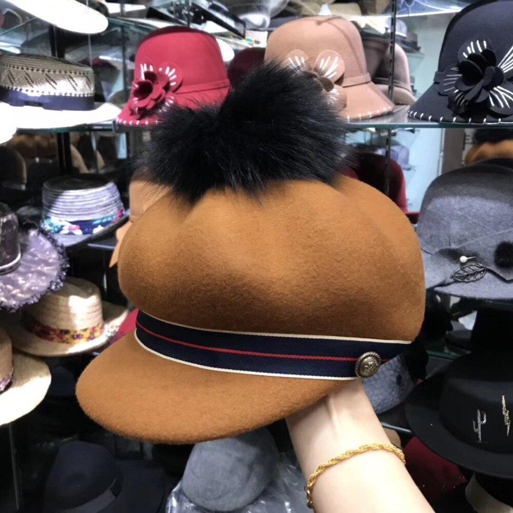 01811-axi winter warm British ribbon Metal buttons pompon outdoor lady visors cap women leisure painter pumpkin hat