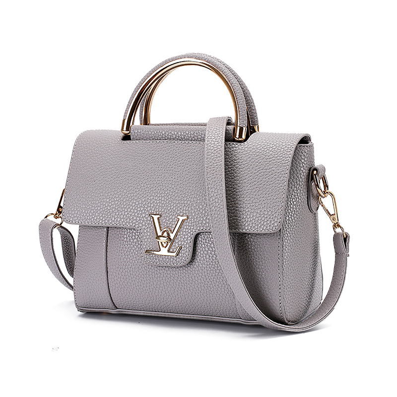 Flap V Women s Luxury Leather Clutch Bag Lady Handbags Brand Female  Messenger Bags Sac A Main Femme Famous Tote Bag Freya Safi a336d9c73e671