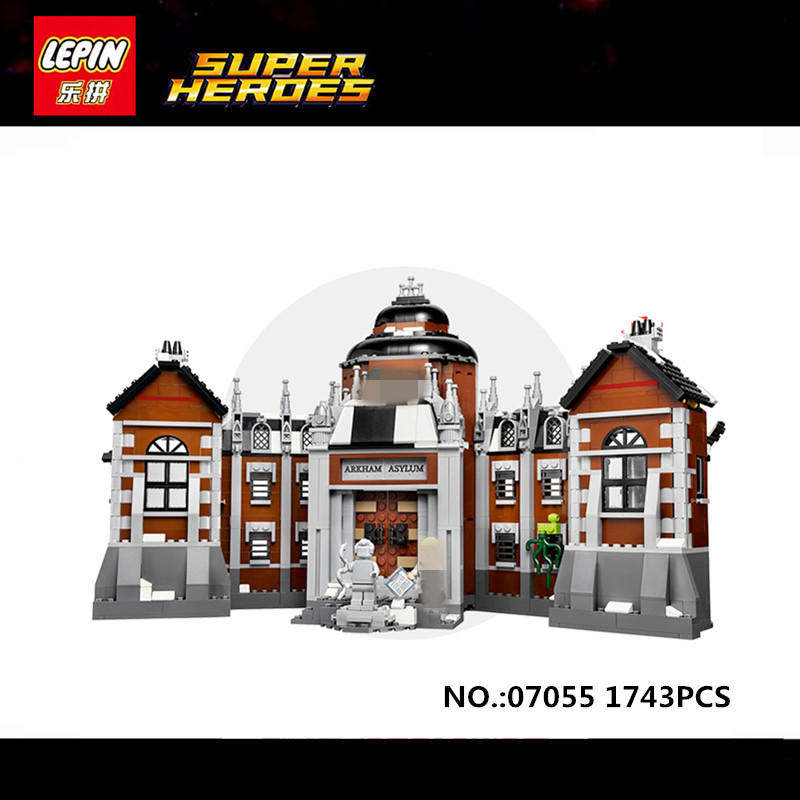 Lepin 07055 1628pcs New Batman Movie Series THe Arkham`s Lunatic Asylum Set Building Blocks Bricks Toys 70912 lepin 07055 1628pcs genuine batman movie series the arkham s lunatic asylum set building blocks bricks toys for children 70912