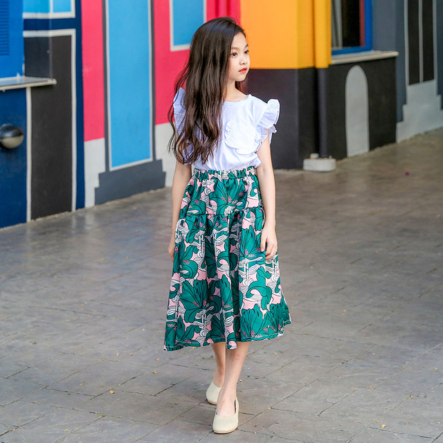 b11e76ea0d1e7 US $11.89 30% OFF|Princess Teenage Girls Clothing Set 2018 New Two piece  White Tops Floral Skirts 8 9 10 12 14 15 years Girls Outfit-in Clothing  Sets ...