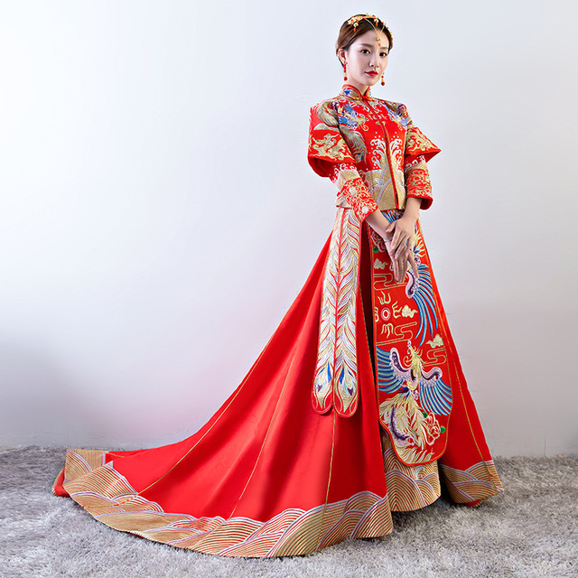 Red Phoenix Embroidery Dress Bride Wedding Cheongsam Oriental Dresses Traditional Chinese Clothing Women Modern Formal Qipao