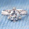 Queen brilliance 1.5 ct absolutamente novo def de noivado moissanite casamento anel de diamante 14 k 585 em ouro branco para as mulheres