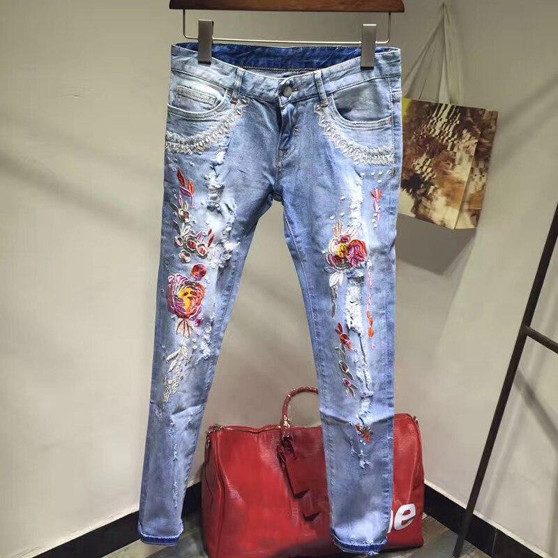 Nueva llegada verano moda 2017 Jeans con bordado flores estampado lápiz pantalones vaqueros de alta calidad Mujer Denim Delgado-in Pantalones vaqueros from Ropa de mujer    1
