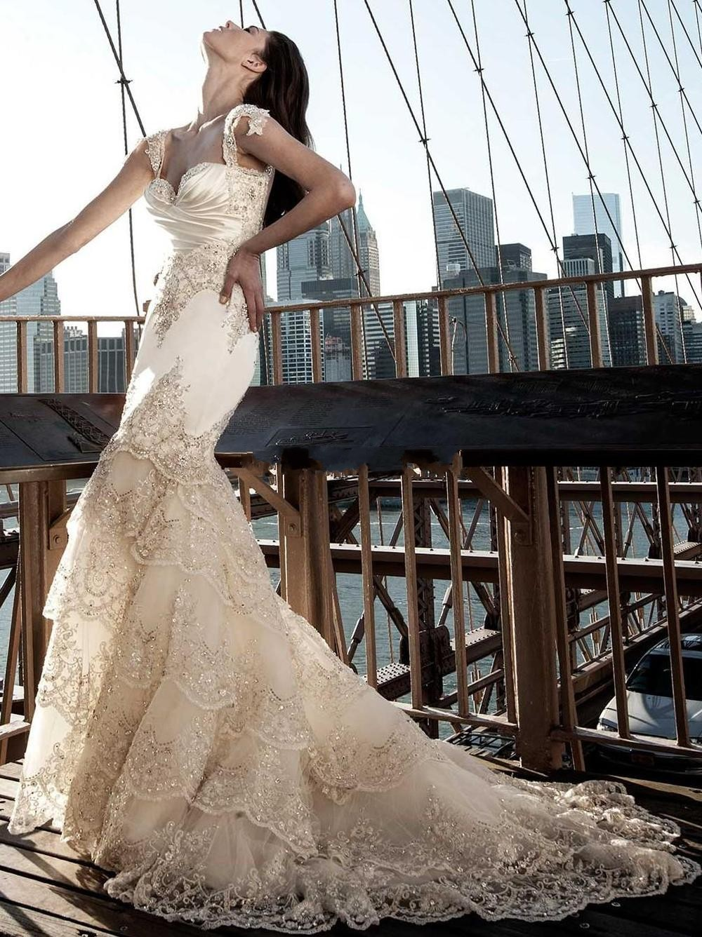 Popular pnina tornai buy cheap pnina tornai lots from for Types de train robe de mariage