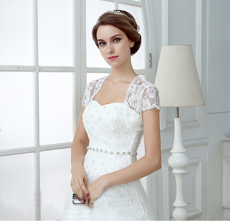 Lace Bridal Boleros Appliques Short Wedding Jackets 2020 White Red Wraps Wedding Accessories In Stock