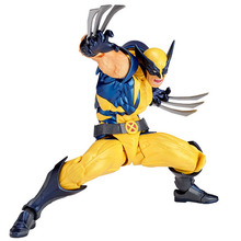 цена 16cm X-men Figure SCI-FI REVOLTECH Wolverine Logan Howlett PVC Action Figures Dollc for childrens Toys