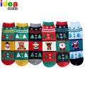 2016 ano novo mulheres inverno meias Do presente do Natal dos desenhos animados 3d quente e suave de algodão curto meia floco de neve veados papai noel fêmea meias
