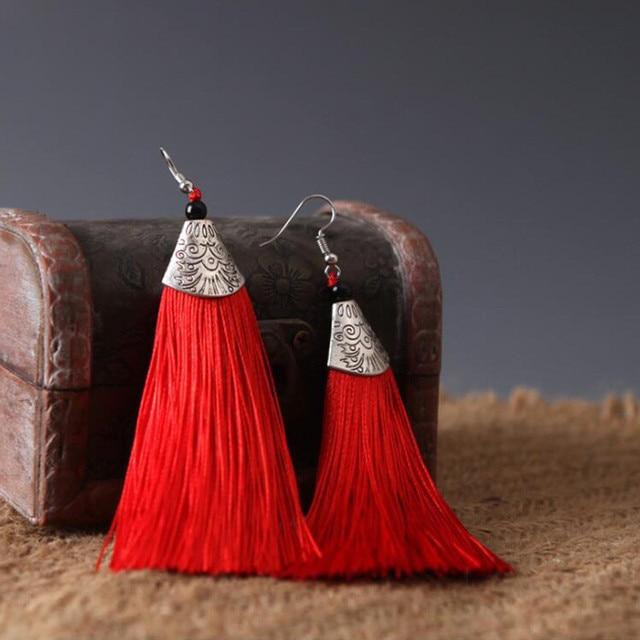 Купить висячие серьги с кисточками и длинной бахромой в стиле бохо