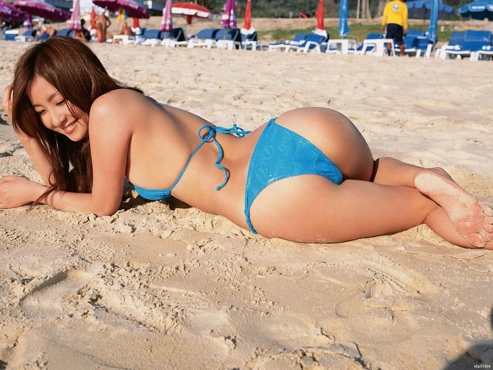Asian babe hot Cute Women