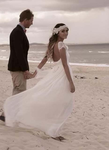 585fffcf6d placeholder Backless atractivo blanco Vestido de boda Vintage playa de Cap  manga Vestido Novias barato Vestido de