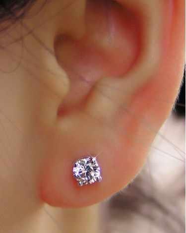 Lujo 1CT/pieza redonda de diamantes sintéticos pendientes colgantes para mujeres amor mejor pendientes de tachuela cubierta de oro blanco
