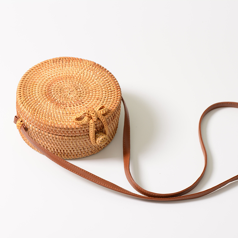 2018 Round Straw Bags Women Summer Rattan Handmade Bohemian Woven Beach CrossBody Bag Big shoulder Circle Handbag Baskets цена