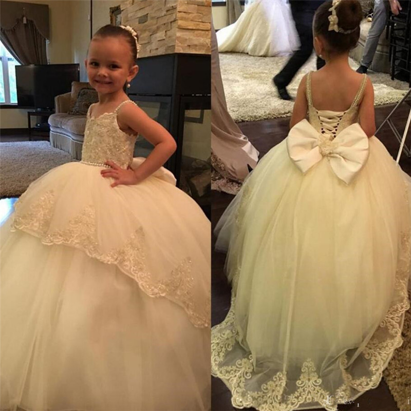 Gorgeous Princess   Dress   with Bow Pearls Appliques   Flower     Girl     Dress   For Wedding Special Occasion Backless Ball Gowns For 2-16 Y