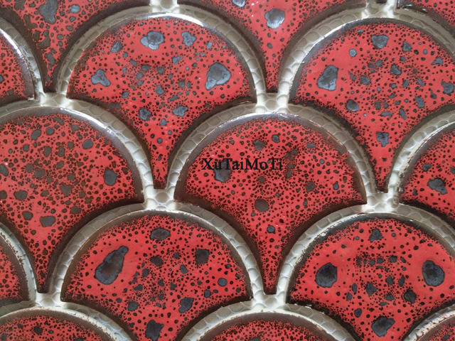 Di modo rosso della scala di pesci di ceramica mattonelle di