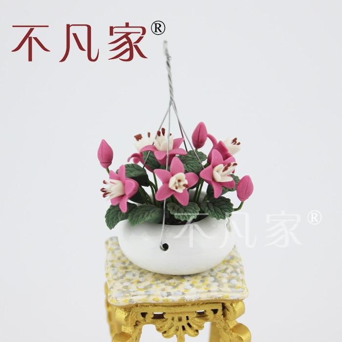 1:12 skala rumah tangga skala Balutan buatan tangan yang tergantung keranjang Bunga mini
