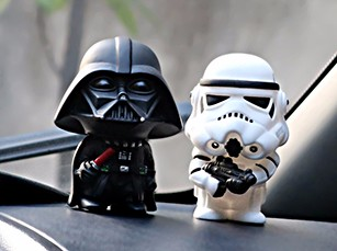 Car-Ornament-Cute-Star-Wars-Action-Figure-Doll-Automobiles-Interior-Black-Darth-Vader-White-Stormtroopers-Model