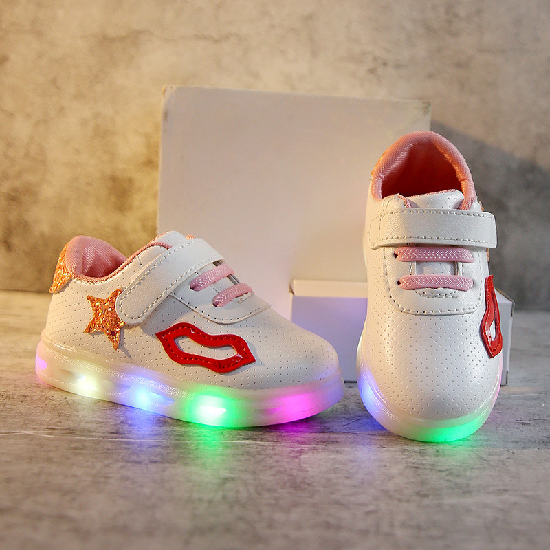 New 2018 European Lip cute Lovely baby casual shoes high quality LED lighted girls boys shoes fashion baby sneakers toddlers