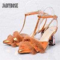Jady רוז אופנה פרוות ארנב הבוהן מחודדת אישה נעלי גלדיאטור סנדלים עקב גבוה ריינסטון T-strap נשים Mujer Sandalias משאבות