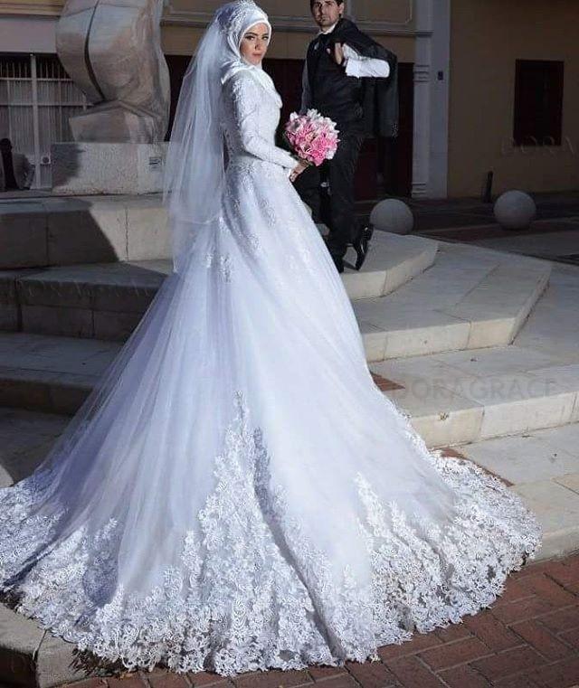 Custom Made Romantic Muslim Wedding Dress A Line Applique Lace Long Sleeves Wedding Dresses vestido de noiva DG0024 in Wedding Dresses from Weddings Events