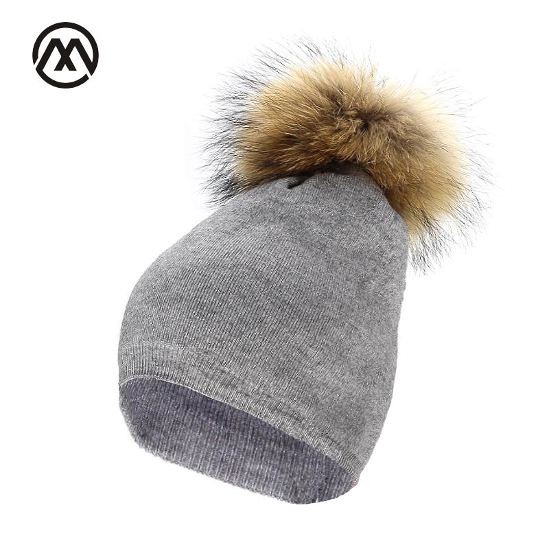 warm raccoon fur ball hat Brand Gorros Knitted Cap Baggy Beanie Winter Female Pompon Women Hat Skullies Autumn Bonnet Femme Cap knitted winter warm female hat rabbit fur beanie cap woman chunky baggy cap skull gorros de lana mujer bonnet femme beanies cap