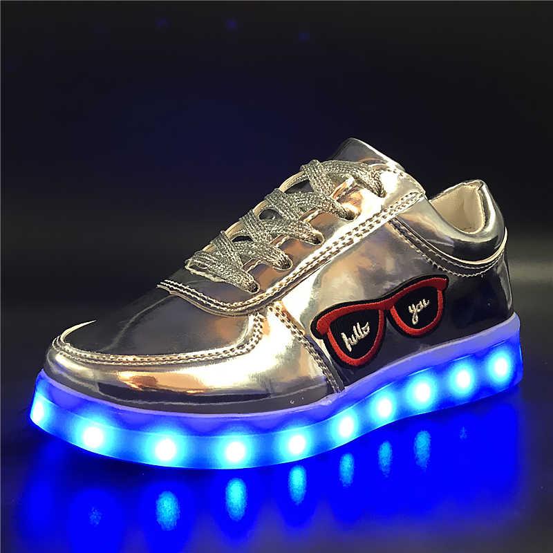 7 ipupas 30-44เย็บปักถักร้อยแว่นกันแดดUSBรองเท้ารองเท้าเรืองแสงboys & g irlsเย็บปักถักร้อยledรองเท้าทำให้ตาพร่าสีเรืองแสงรองเท้าผ้าใบ
