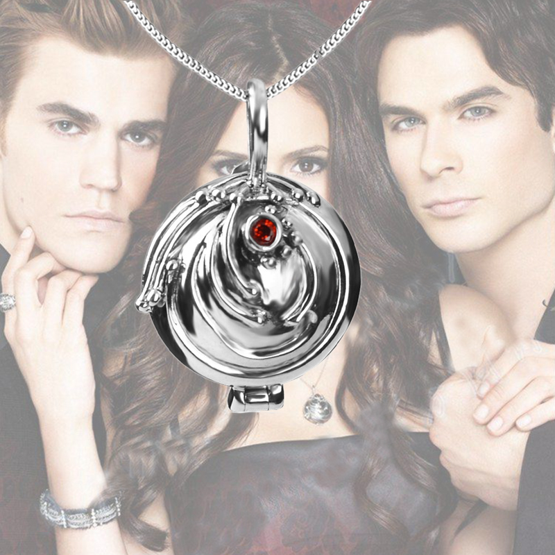 Dropshipping The Vampire Diaries Necklace Elena Vervain 925 Steling Silver Necklace Verbena Locket Pendant Cosplay Jewelry Hot hot anime cosplay necklace shugo chara lock and key necklace couple models pendant cosplay prop gifts