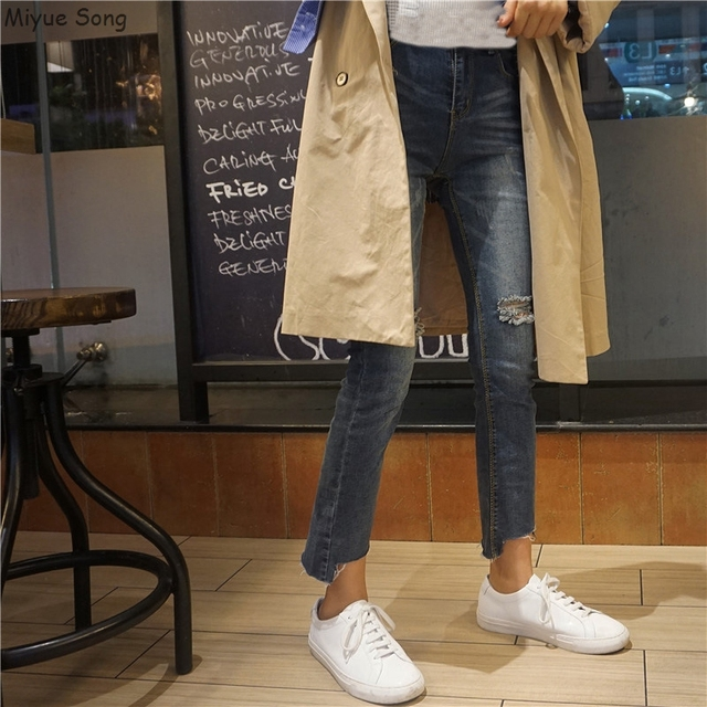 Elastic Waist Jeans Maternity Pants For Pregnant Women Trousers Clothes Pregnancy New Fashion Hole Denim Overalls Clothing