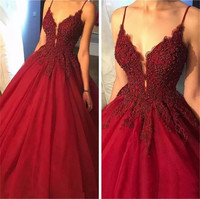 2019 High Quality Burgundy Princess Quinceanera Dresses Spaghetti Strap Beaded Lace Tulle Sexy Quinceanera Gowns Custom Made