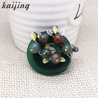 Kaijing New Statement Natural Stone Round Ball Women Brooches Charm Design Scarf Pin For Women Gifts