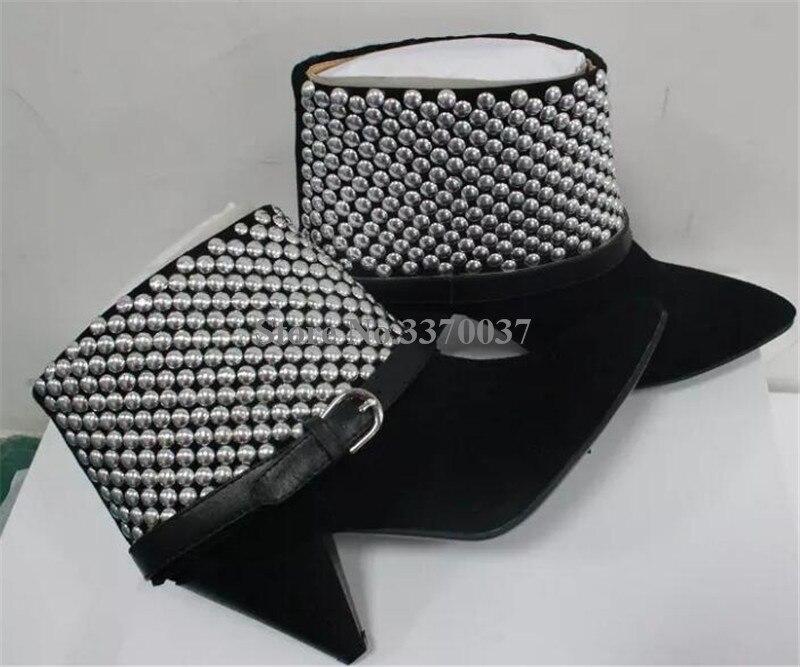 Ayakk.'ten Ayak Bileği Çizmeler'de Yeni Moda Kadınlar Sivri Burun Siyah Süet Deri Başak Topuk yarım çizmeler Perçin Ayak Bileği Toka Yüksek Topuk kısa çizmeler Elbise Ayakkabı'da  Grup 3