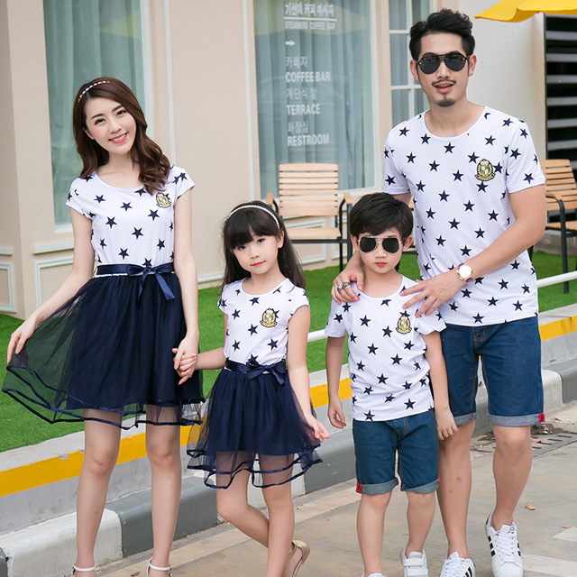 929e0933 2019 Family Matching Clothes Father Mother and Daughter Son Summer Matching  T-shirts for Dad & Son Dress for Mom and Girls