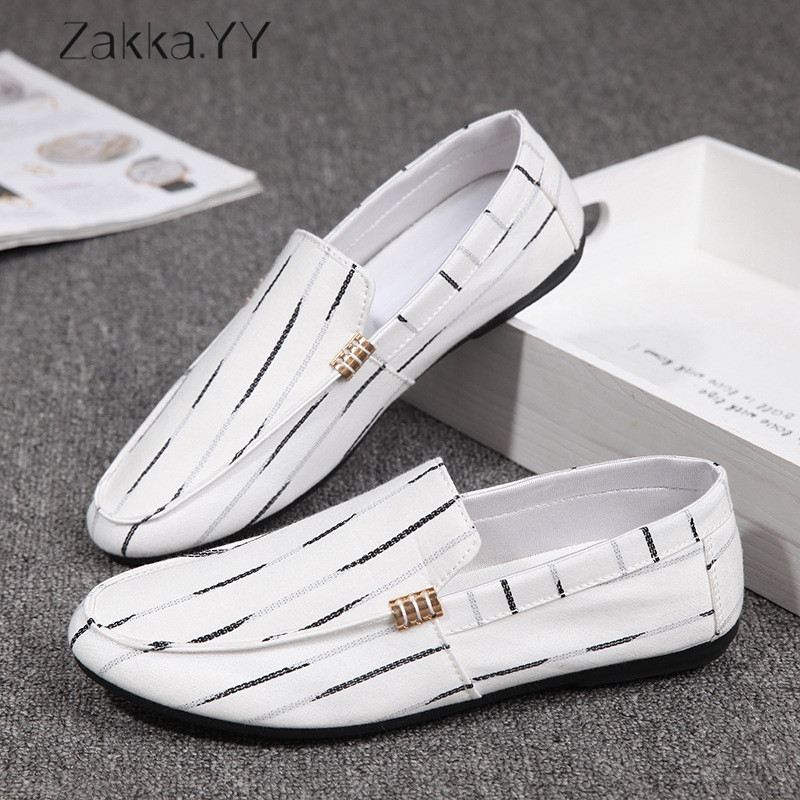 Brand New Mens Canvas Casual Shoes Males Breathable High Quality Fashion Shoes Men Fashion Flats Loafer