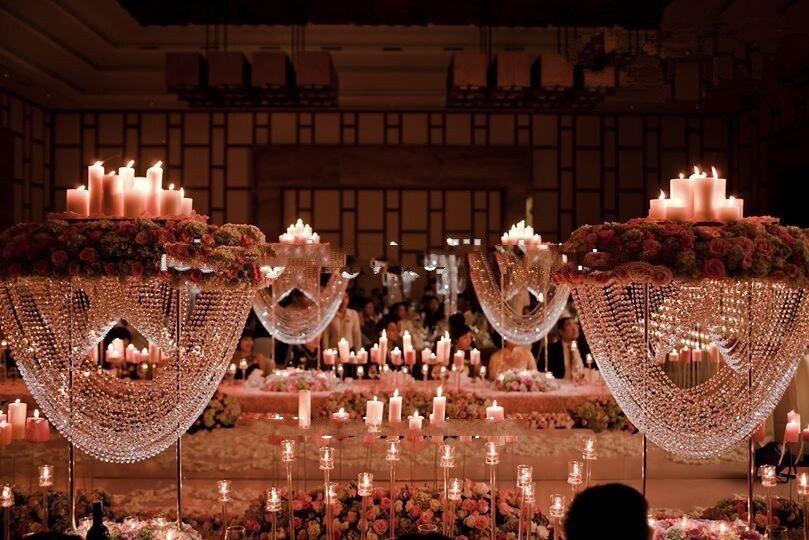 Centres de table de lustre de mariage acrylique de nouveauté pour la faveur de mariage et la décoration à la maison (besoin de 10 jours pour fabriquer)