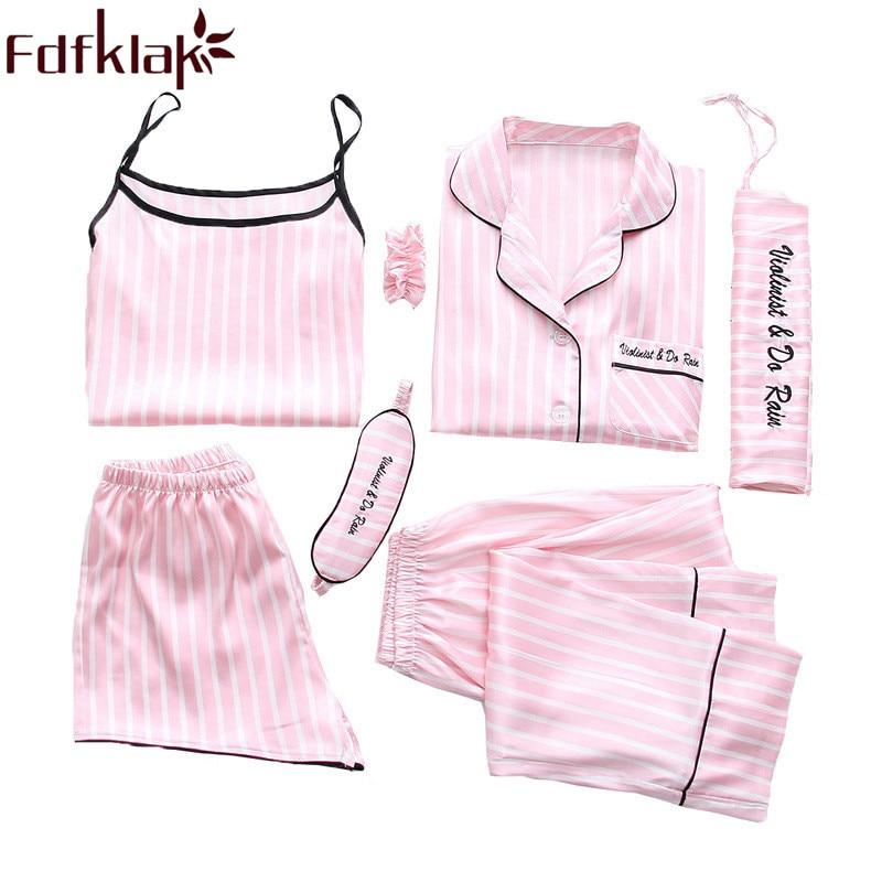 Womens Minnie Mouse Girl Power Pyjamas 8-10 Bnwt Short Sleeve Long Leg Sleepwear & Robes