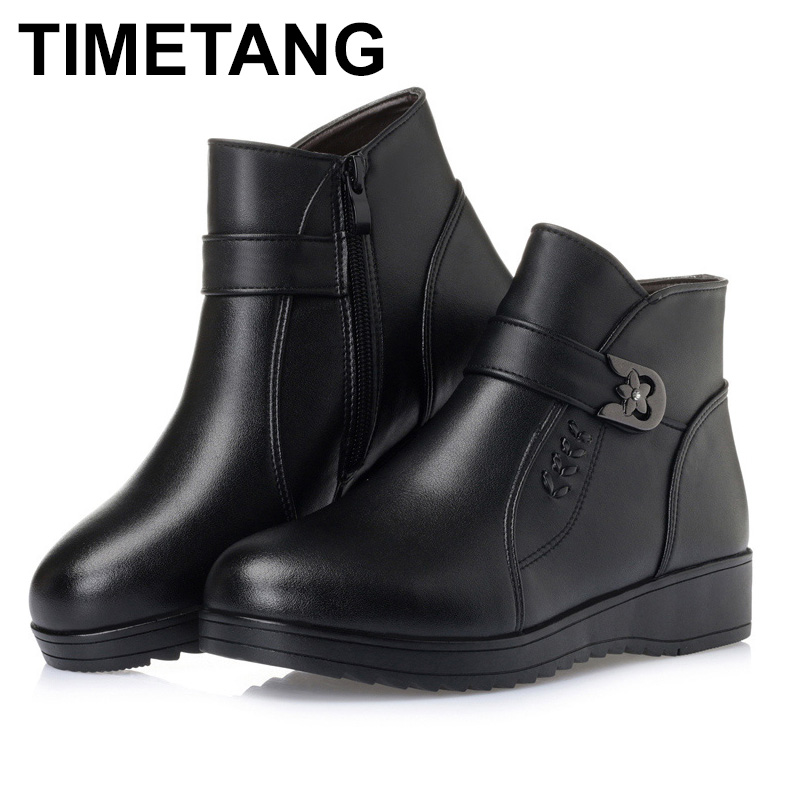 TIMETANG   Genuine leather Womens boots. 2018 winter thick wool ankle boots. elderly the large size 35-43 Warm shoes women. TIMETANG   Genuine leather Womens boots. 2018 winter thick wool ankle boots. elderly the large size 35-43 Warm shoes women.