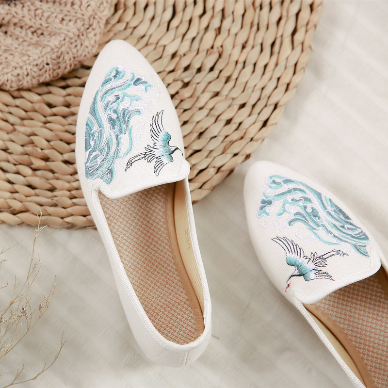 Sneakers Women Flat Shoes Women Chinese Style Canvas Embroidery Platform Shoes  Zapatos De Mujer Cinderella Korean Style Women